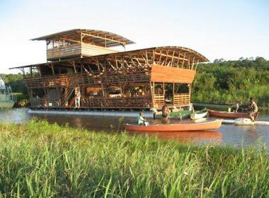 Les Marais de Kaw à bord de l'écolodge flottant